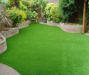 توريد و تركيب عشب طبيعي دبي
